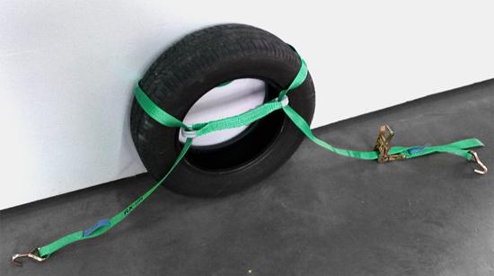 traka za osiguravanje vozila gume